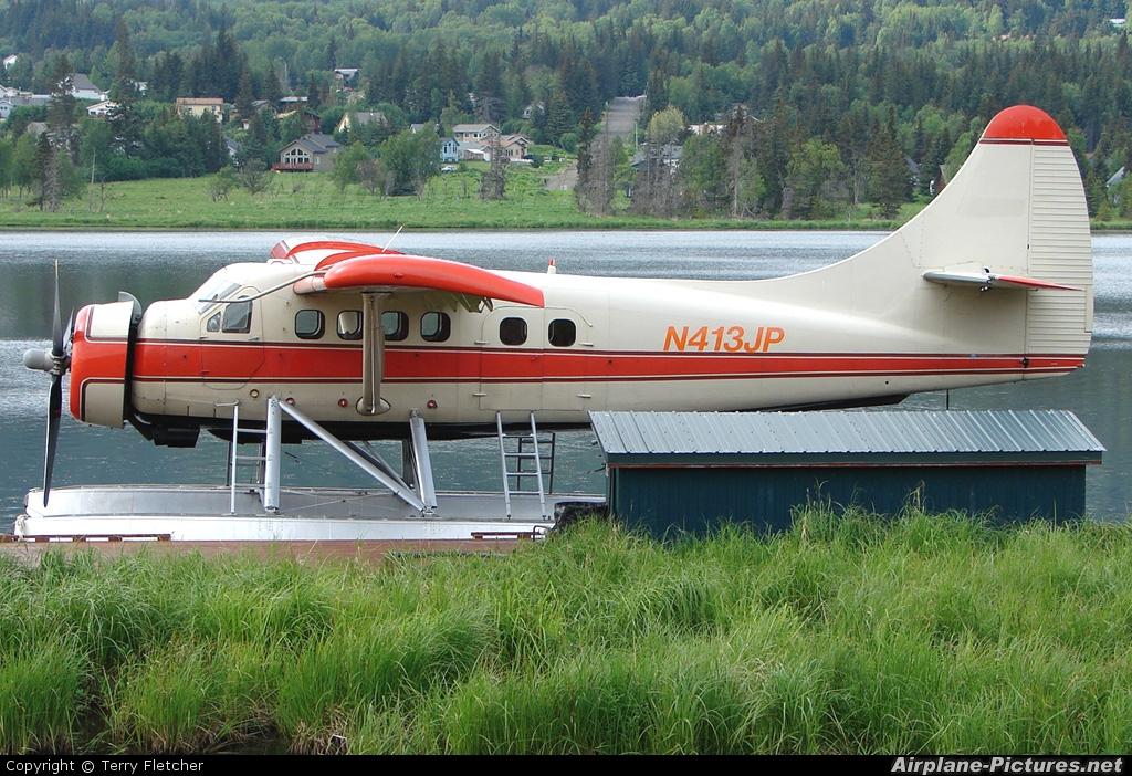 Bald Mountain Air N413JP aircraft at Homer Beluga Lake