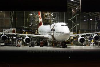 VH-OEH - QANTAS Boeing 747-400ER