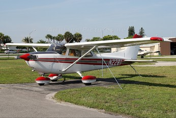 N2281 - Private Cessna 172 Skyhawk (all models except RG)
