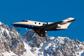 P4-AVN - Private Dassault Falcon 10