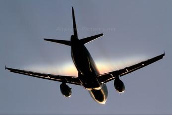 G-EZTN - easyJet Airbus A320