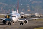 ZK-ZQB - QANTAS Boeing 737-800 aircraft