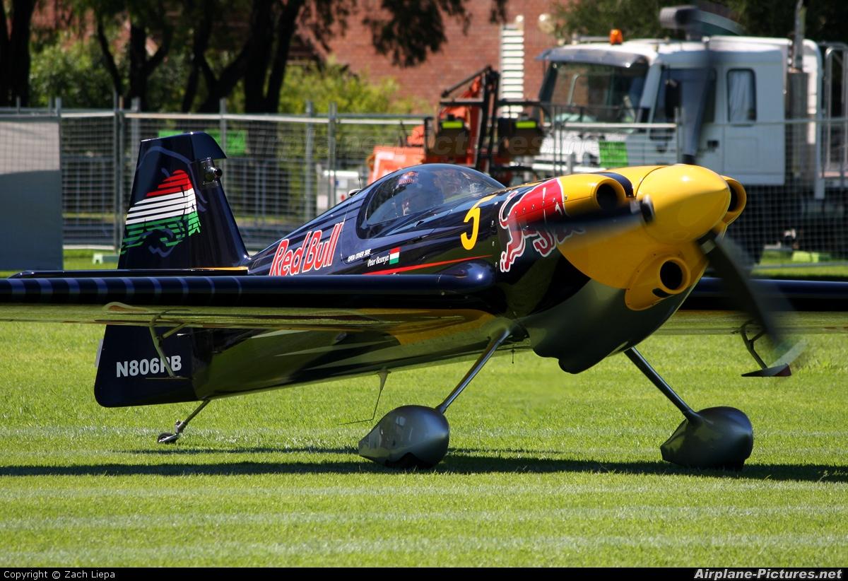 Private N806PB aircraft at Perth - Langley Park, WA