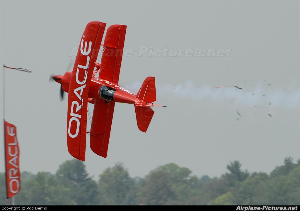 Private N260HP aircraft at Dayton - James M. Cox Dayton Intl