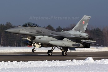 4075 - Poland - Air Force Lockheed Martin F-16C Jastrząb