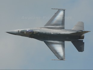 92-3923 - USA - Air Force General Dynamics F-16CJ Fighting Falcon