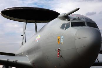 ZH106 - Royal Air Force Boeing E-3D Sentry AEW.1