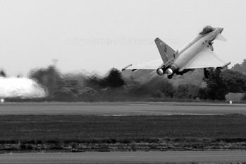 ZJ922 - Royal Air Force Eurofighter Typhoon FGR.4