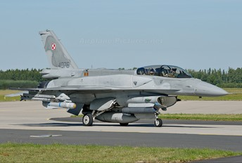 4076 - Poland - Air Force Lockheed Martin F-16D Jastrząb