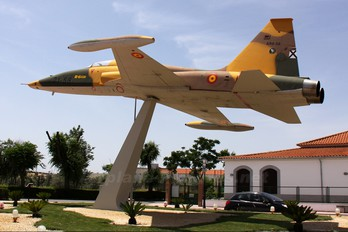 AR.9-058 - Spain - Air Force CASA-Northrop  SF-5B(M) Freedom Fighter