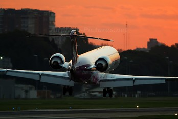 CX-CRD - Pluna Canadair CL-600 CRJ-900