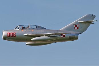 SP-YNZ - Polish Eagles Foundation PZL Lim-2 SB