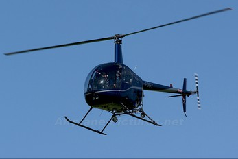 G-FOGY - Helicentre Liverpool Robinson R22