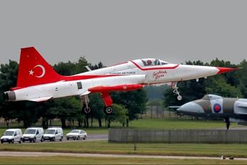 3066 - Turkey - Air Force : Turkish Stars Canadair NF-5A