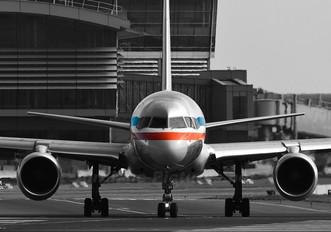 N186AN - American Airlines Boeing 757-200