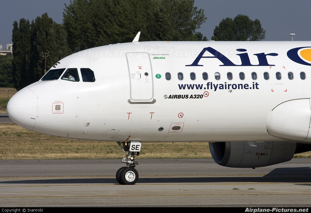 Air One EI-DSE aircraft at Milan - Linate