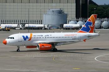 EI-ECY - Windjet Airbus A319