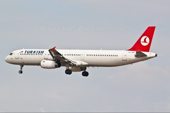 TC-JMC - Turkish Airlines Airbus A321