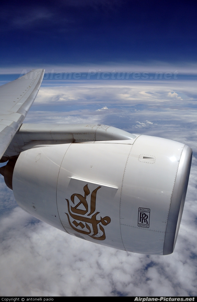 Emirates Airlines A6-EMN aircraft at Dubai Intl