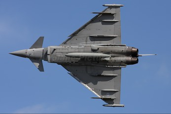 ZJ812 - Royal Air Force Eurofighter Typhoon T.1