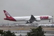 PT-MUB - TAM Boeing 777-300ER aircraft