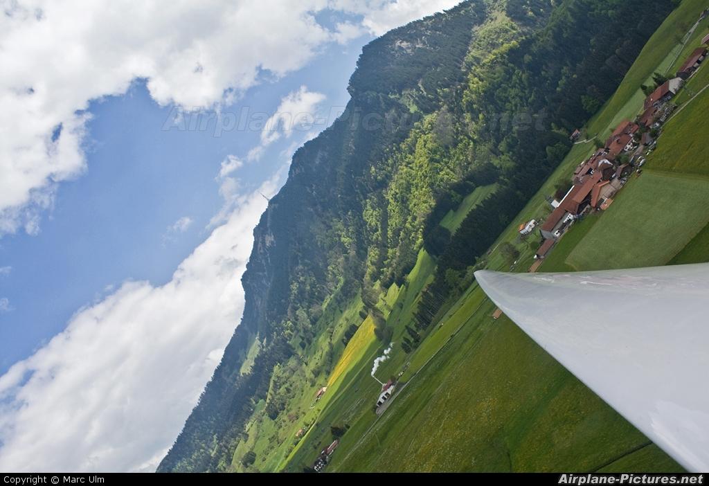 Private D-0381 aircraft at Agathazell