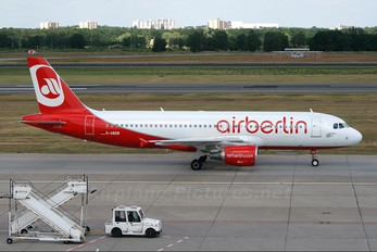 D-ABDW - Air Berlin Airbus A320