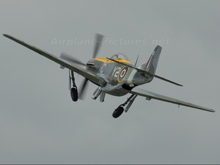 CF-VPM - Vintage Wings of Canada North American P-51D Mustang