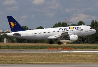 EI-DSH - Air One Airbus A320