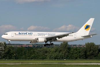 UR-VVF - Aerosvit - Ukrainian Airlines Boeing 767-300ER
