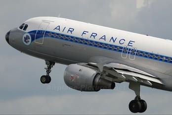 G-GFKJ - Air France Airbus A320