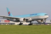 HL7752 - Korean Air Boeing 777-200ER aircraft