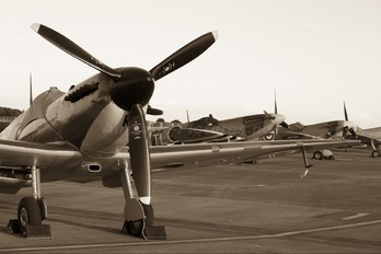 "P7350 - Royal Air Force ""Battle of Britain Memorial Flight&quot Supermarine Spitfire Mk.IIa"