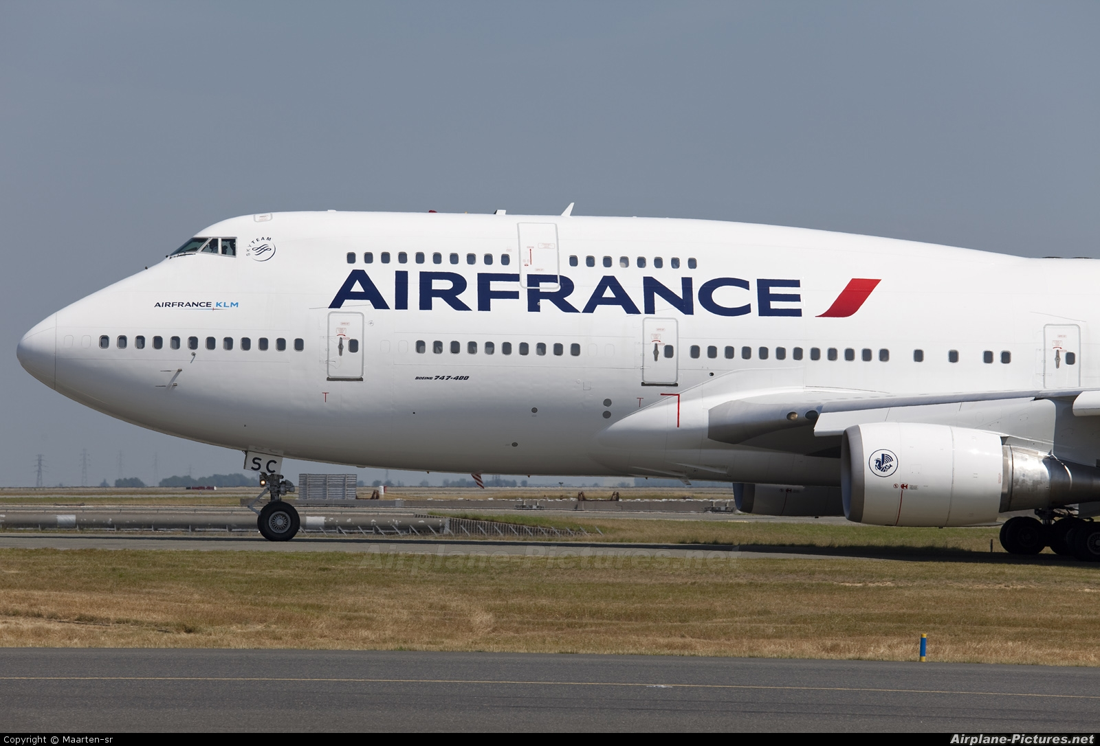 F gisc air france boeing 747 400 at paris charles de for Interieur 747 air france