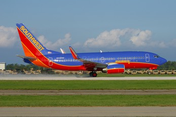 N948WN - Southwest Airlines Boeing 737-700