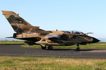 7505 - Saudi Arabia - Air Force Panavia Tornado - IDS