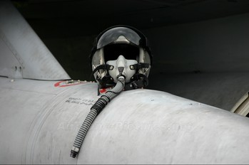 J-210 - Netherlands - Air Force General Dynamics F-16B Fighting Falcon
