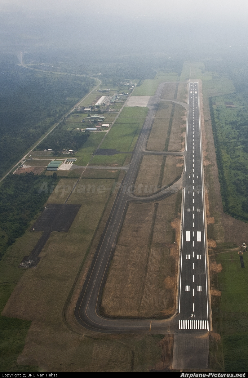 - Airport Overview - aircraft at Port Harcourt