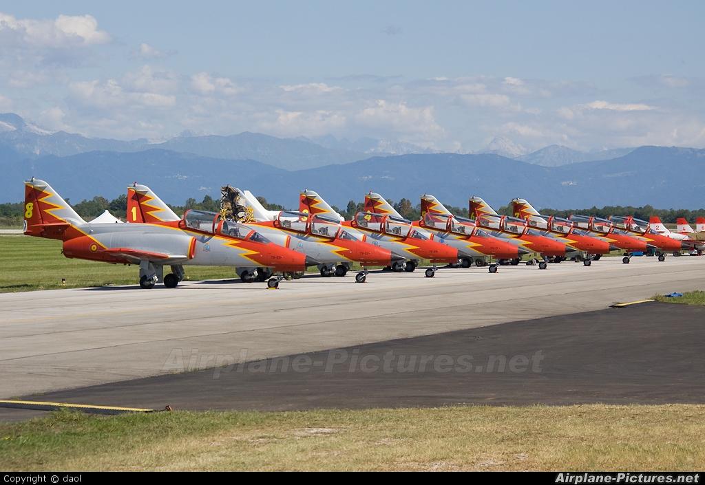 Spain - Air Force : Patrulla Aguila E.25-13 aircraft at Rivolto