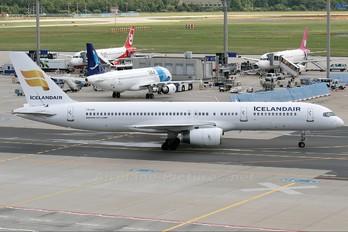 TF-FII - Icelandair Boeing 757-200