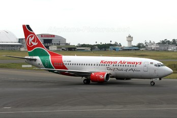 5Y-KQB - Kenya Airways Boeing 737-300