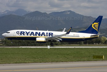 EI-EKL - Ryanair Boeing 737-800