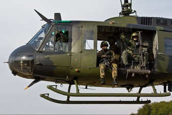 71-60 - Germany - Army Bell UH-1D Iroquois