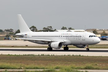 CS-TQO - White Airways Airbus A320
