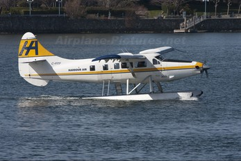 C-FITF - Harbour Air de Havilland Canada DHC-3 Otter