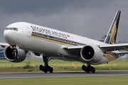 Singapore Airlines 9V-SWS image