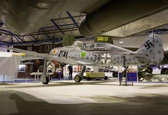 584219 - Germany - Luftwaffe (WW2) Focke-Wulf Fw.190