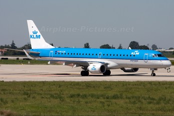 PH-EZK - KLM Cityhopper Embraer ERJ-190 (190-100)
