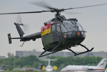 87+98 - Germany - Army MBB Bo-105P