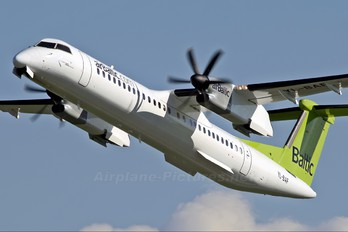 YL-BAF - Air Baltic de Havilland Canada DHC-8-400Q / Bombardier Q400